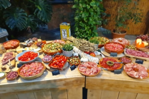 Tapasbuffet-madrid-catering-aelsmeer-tapascatering