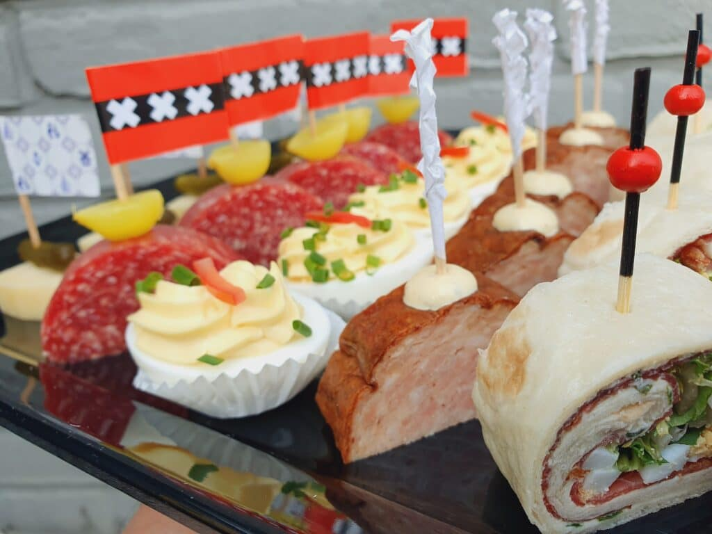Borrelhapjes bestellen in Alphen aan den Rijn door Aelsmeer Catering en Events